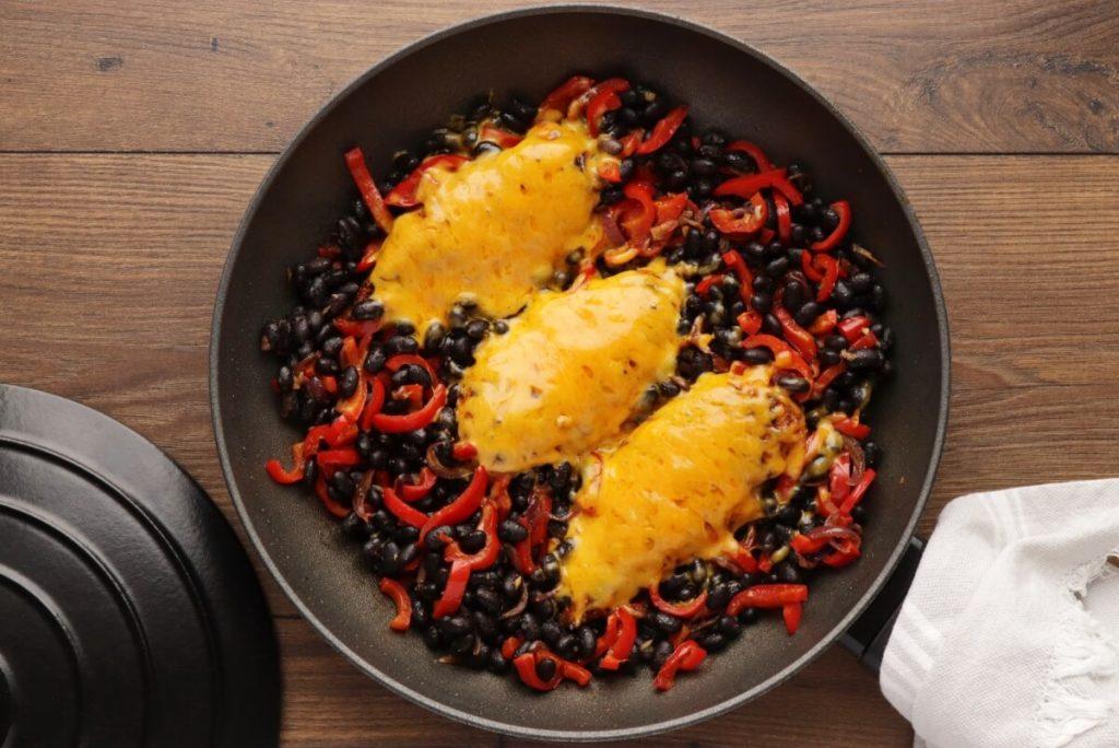 Santa Fe Skillet Chicken recipe - step 7