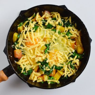Spinach & Cheese Breakfast Skillet recipe - step 6