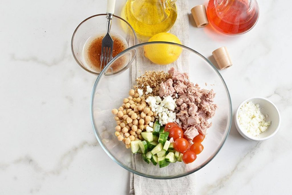 Tuna-Quinoa Toss recipe - step 2