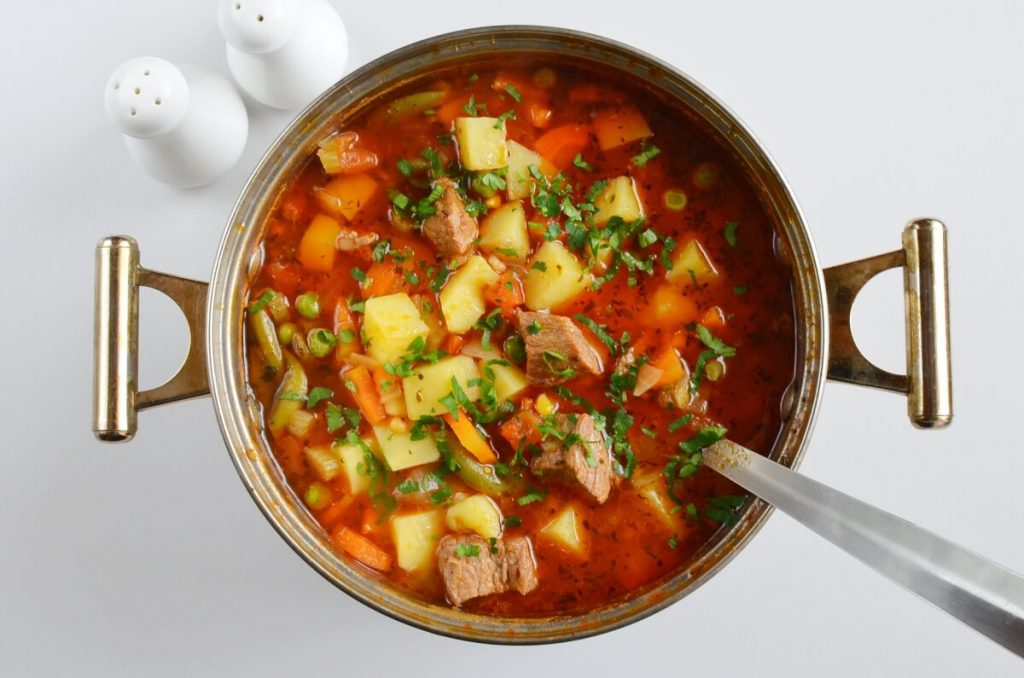 How to serve Vegetable Beef Soup