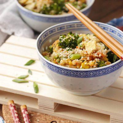 10-Minute Healthy Cauliflower Rice Recipe-Cauliflower Fried Rice-Vegetarian Cauliflower Rice Stir Fry