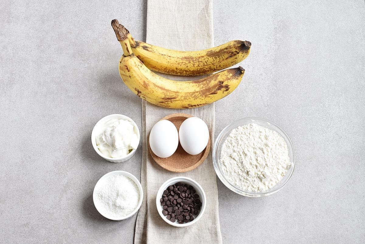 Ingridiens for 3-Ingredient Easter Banana Pancakes