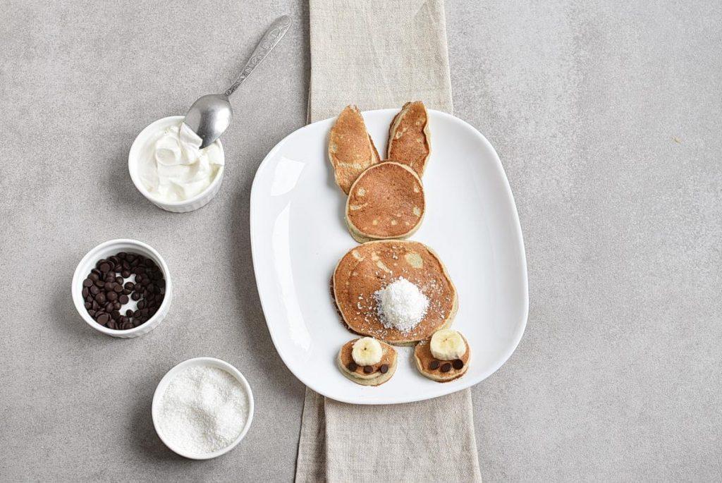 3-Ingredient Easter Banana Pancakes recipe - step 5