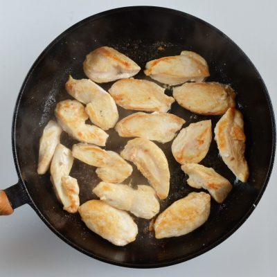 Creamy Herb Mushroom Chicken recipe - step 2