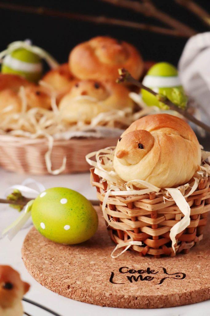 Easter Bird Bread Rolls