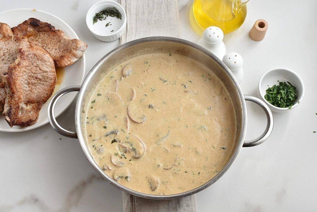 Pork Chops with Creamy Mushroom Sauce recipe - step 5