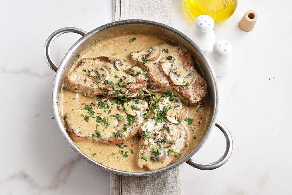 How to serve Pork Chops with Creamy Mushroom Sauce