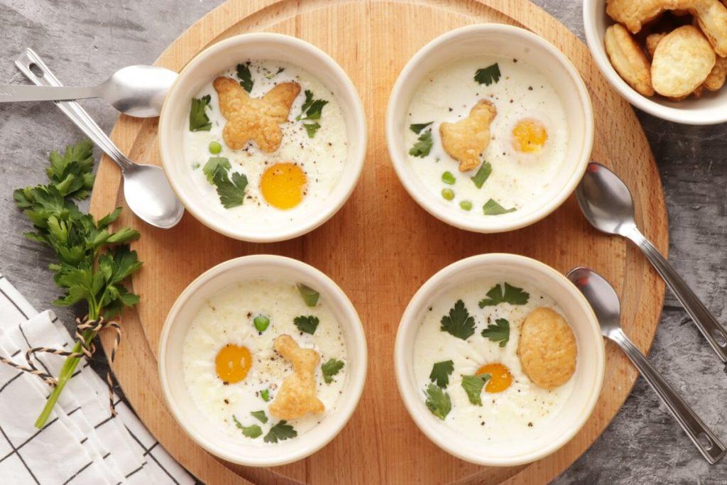 How to serve Eggs en Cocotte