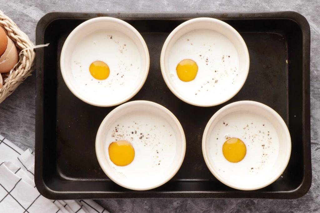 Eggs en Cocotte recipe - step 6