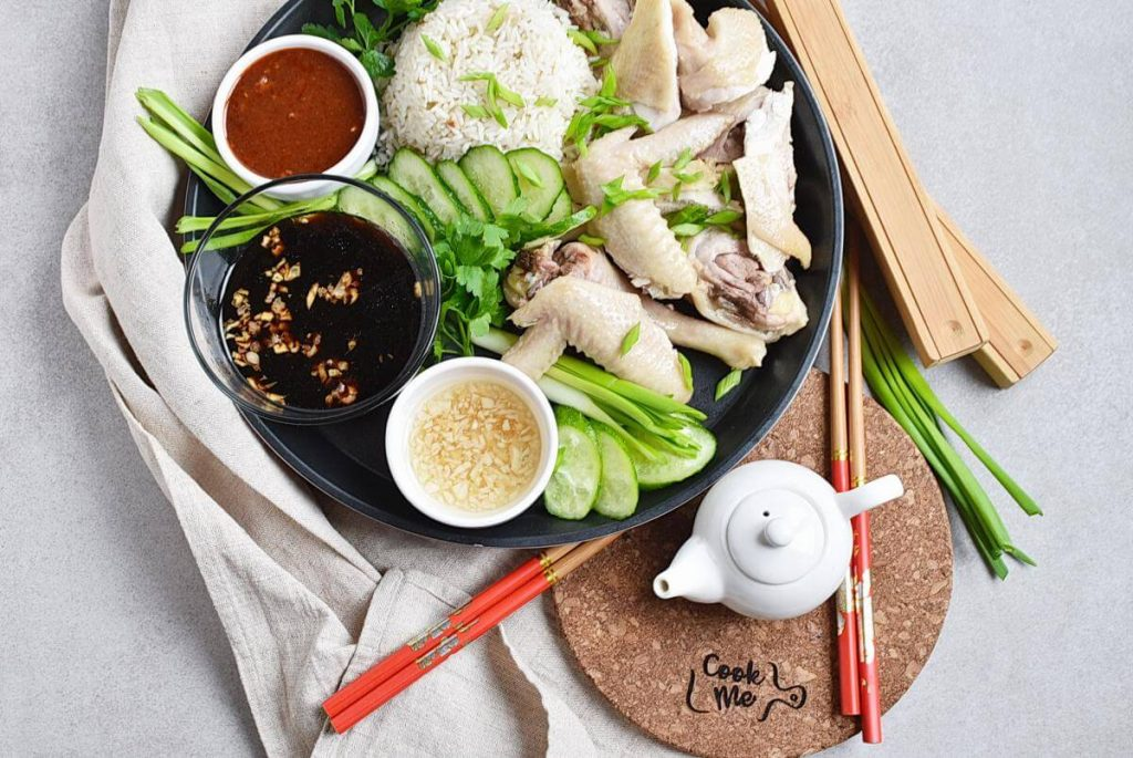 How to serve Hainanese Chicken Rice