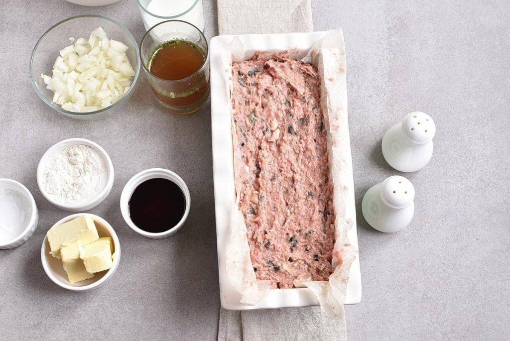 Mushroom Meatloaf with Mushroom Gravy recipe - step 3