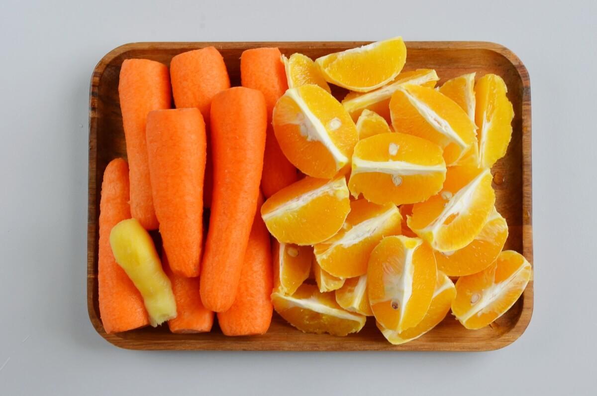 Ingridiens for Orange Carrot Ginger Juice