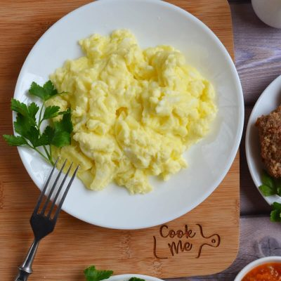 Perfect Scrambled Eggs Recipe-How To Make Perfect Scrambled Eggs-Delicious Perfect Scrambled Eggs