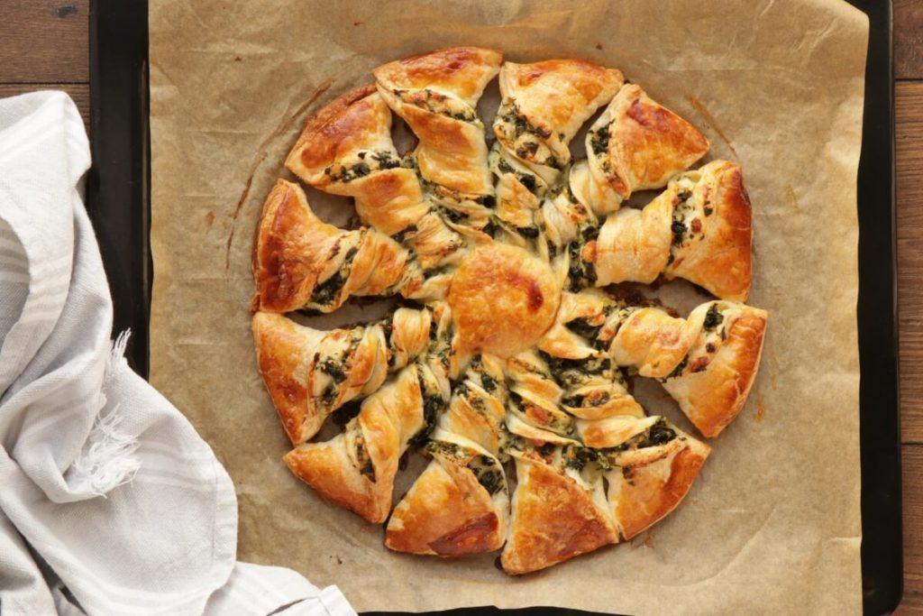 Spinach and Feta Tarte Soleil recipe - step 8