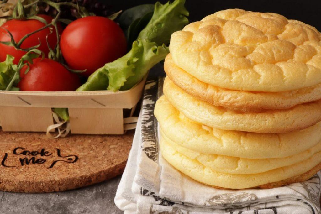 The Best Keto Cloud Bread Recipe-Keto Cloud Bread-Easy Keto Bread-Low-Carb Cloud Bread