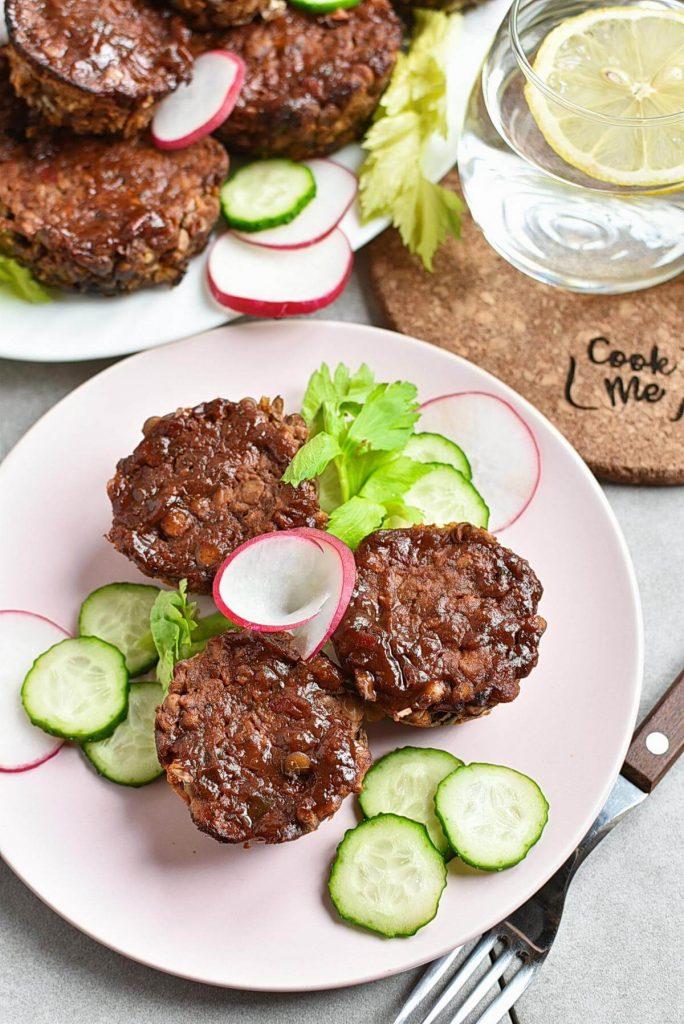 Vegan Meatloaf Muffins