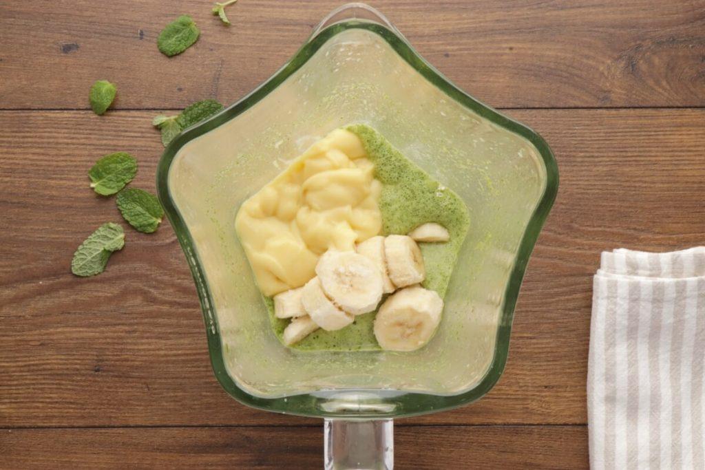 Vegan Minty Shamrock Smoothie recipe - step 3