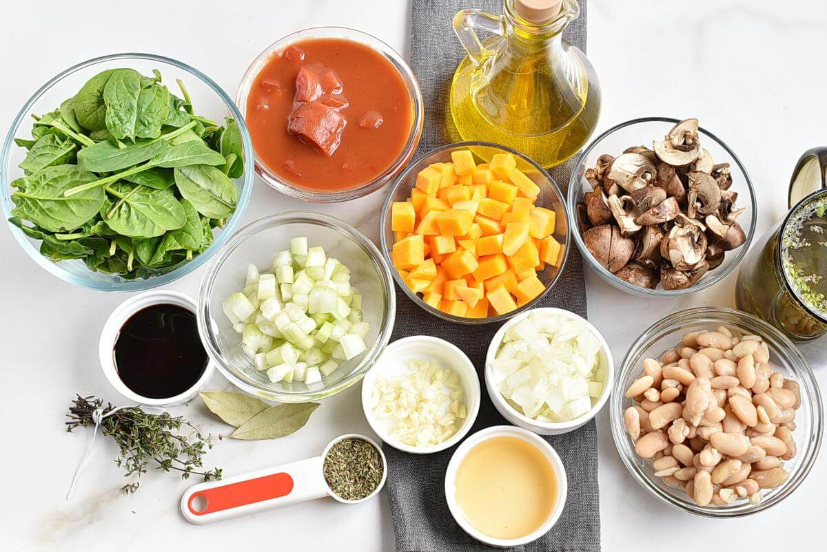 Ingridiens for White Bean Tomato Mushroom Soup