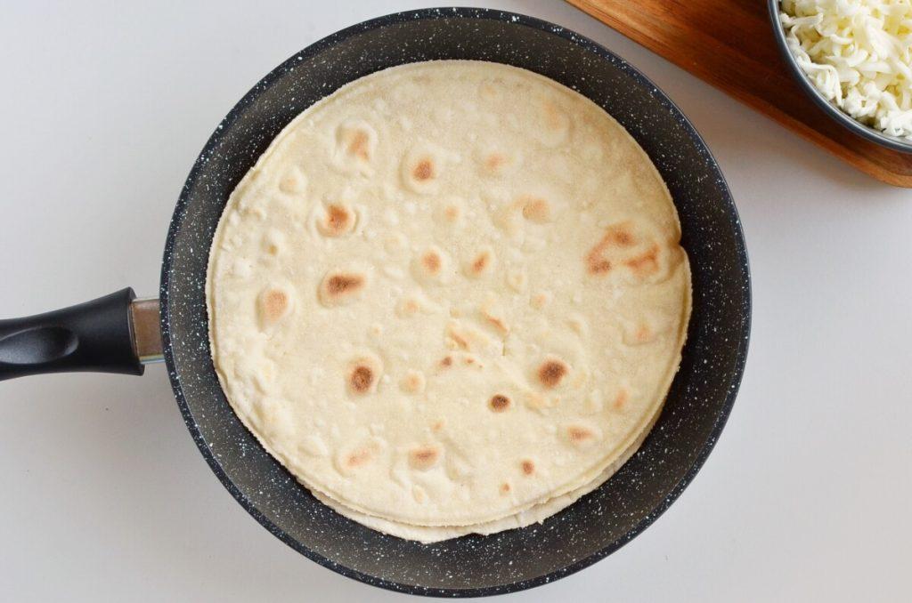 Cheese Quesadillas recipe - step 2