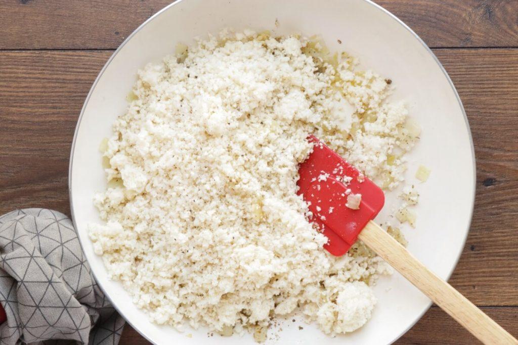 Cheesy Chicken & Black Bean Cauli Rice recipe - step 3