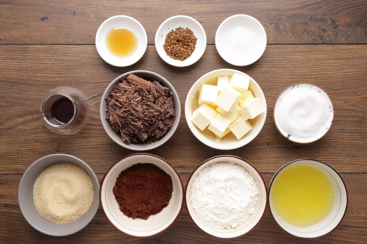 Ingridiens for Egg White Chocolate Brownies