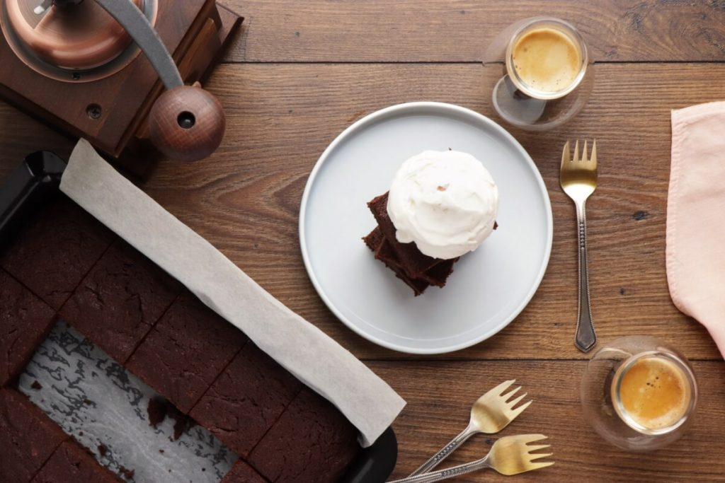 How to serve Egg White Chocolate Brownies