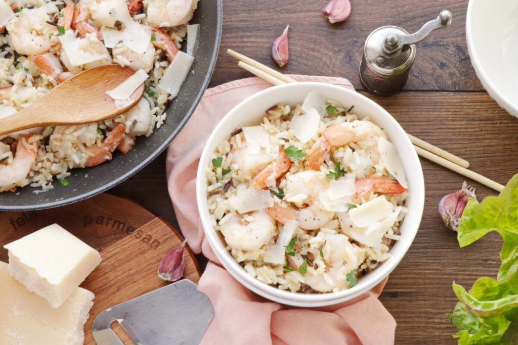 How to serve Garlic Butter Shrimp and Rice