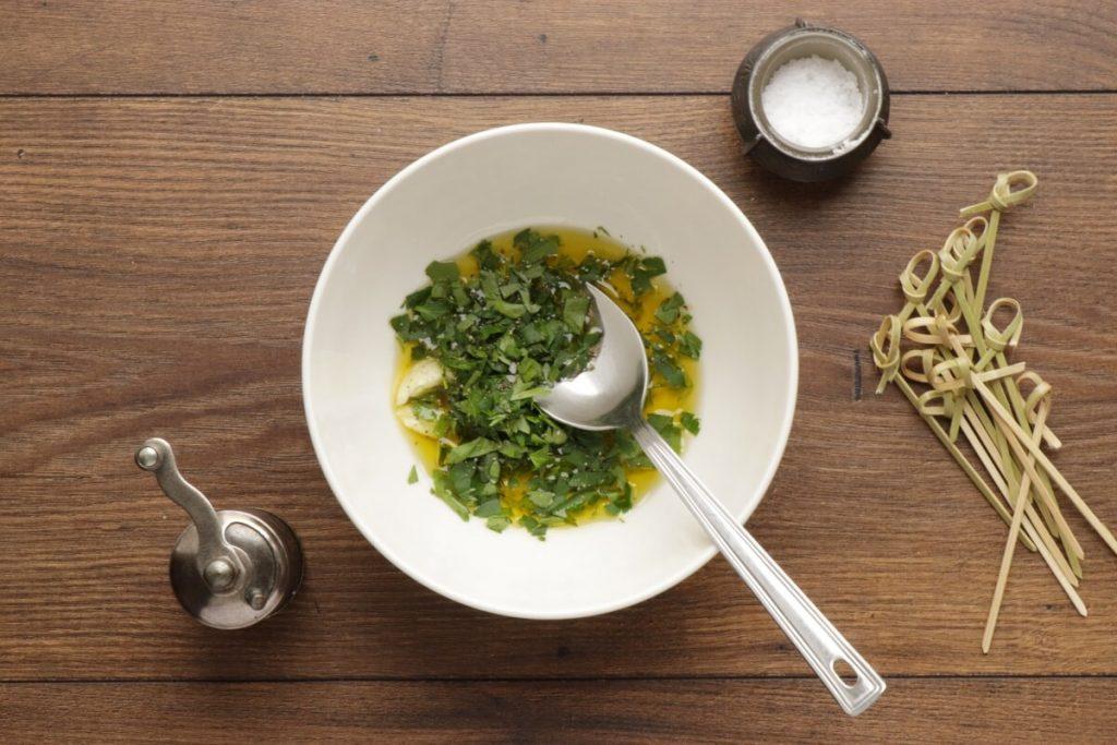 Greek Salad Skewers recipe - step 1