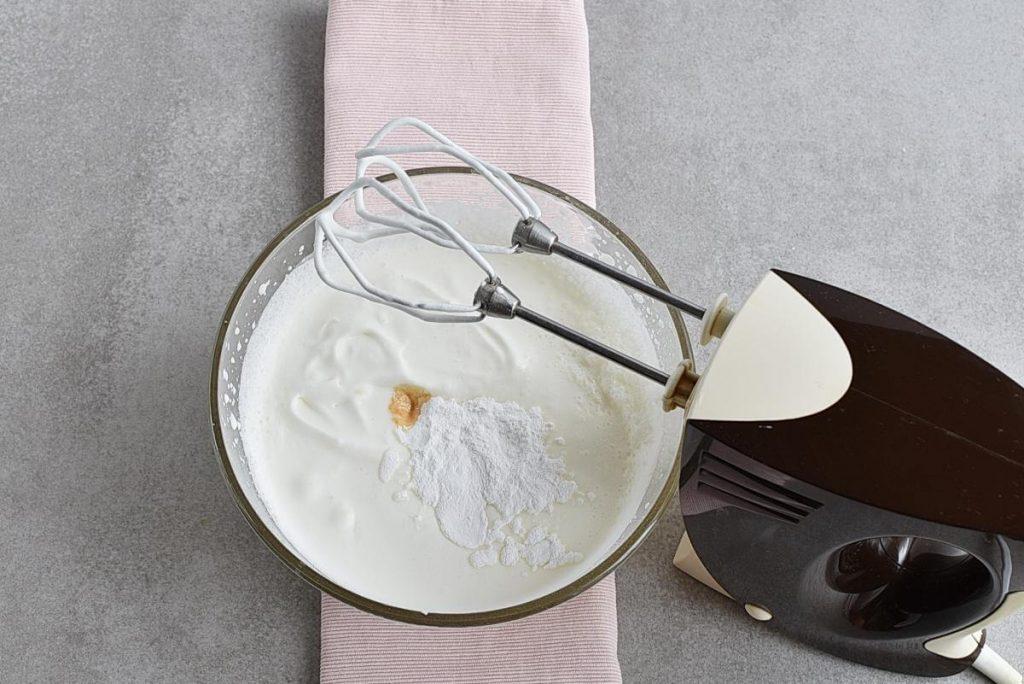 Homemade Whipped Cream recipe - step 2