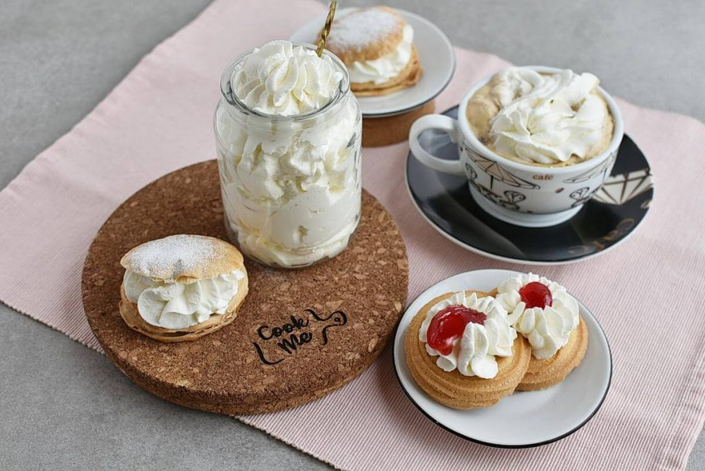 How to serve Homemade Whipped Cream