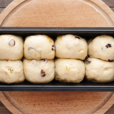 Hot Cross Bun Loaf recipe - step 7