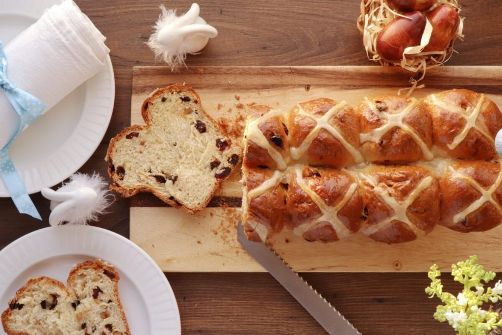 How to serve Hot Cross Bun Loaf