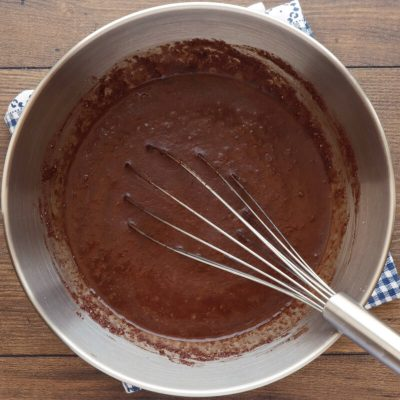 Low-Carb Chocolate Zucchini Muffins recipe - step 5