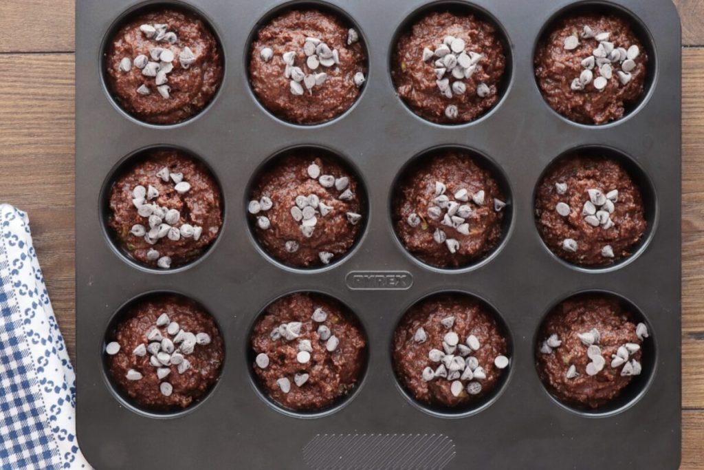 Low-Carb Chocolate Zucchini Muffins recipe - step 7