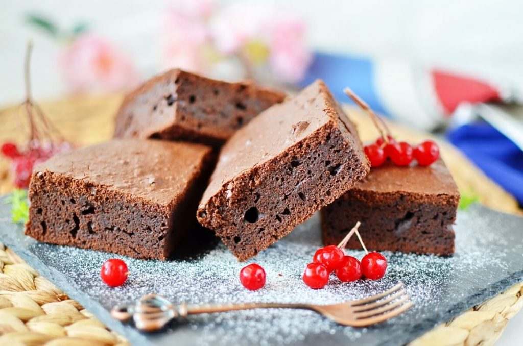 How to serve Mexican Brownies