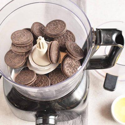 Easy No Bake Nutella Pie recipe - step 2