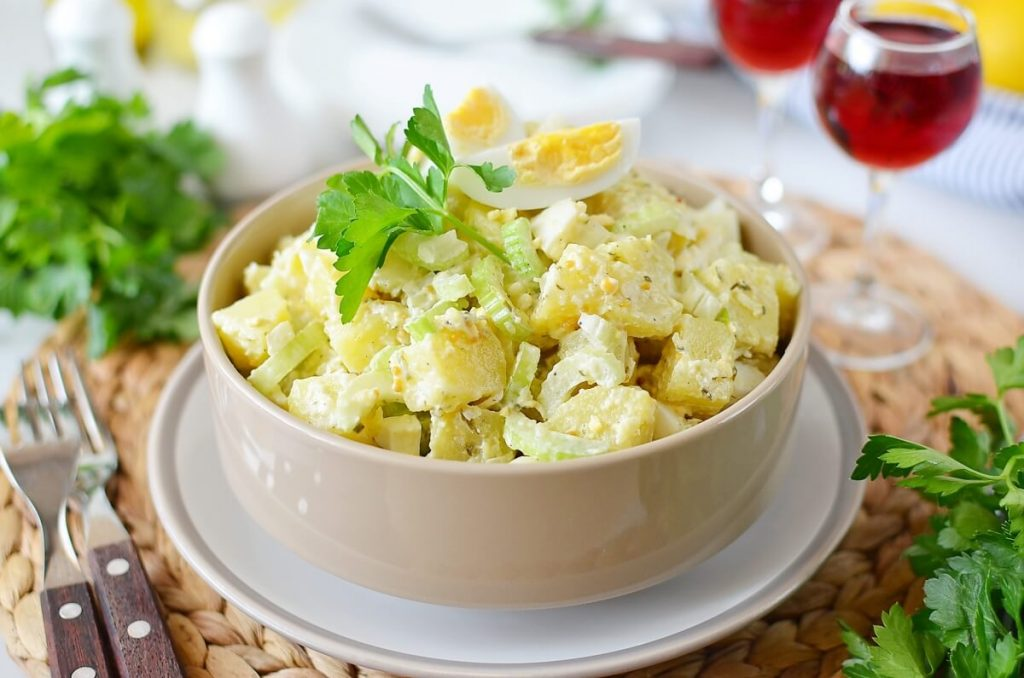 How to serve Old Fashioned Potato Salad