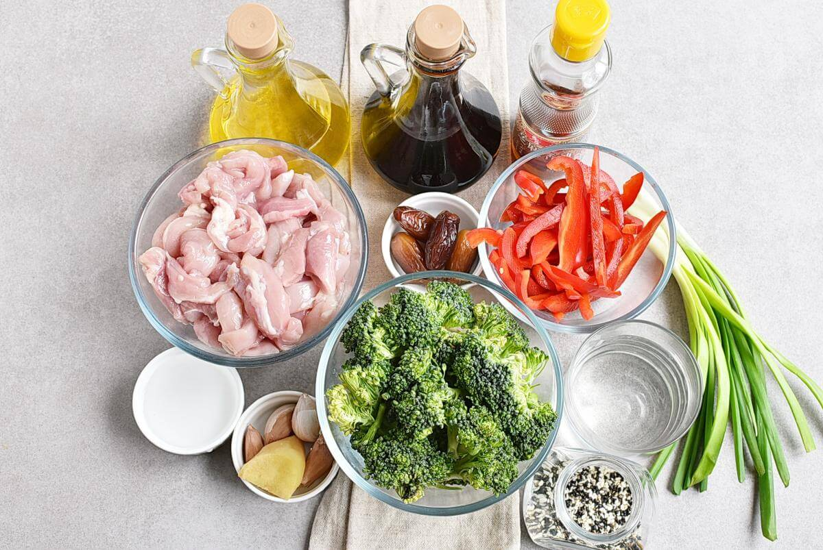 Ingridiens for Sheet Pan Garlic Ginger Chicken & Broccoli