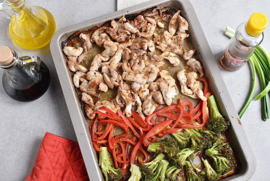 Sheet Pan Garlic Ginger Chicken & Broccoli recipe - step 5