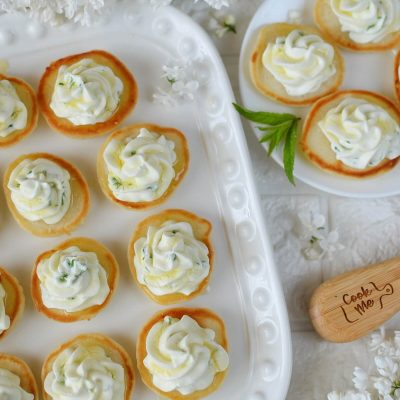 Blinis with Whipped Goat's Cheese and Honey Recipe-How To Make Blinis with Whipped Goat's Cheese and Honey-Delicious Blinis with Whipped Goat's Cheese and Honey