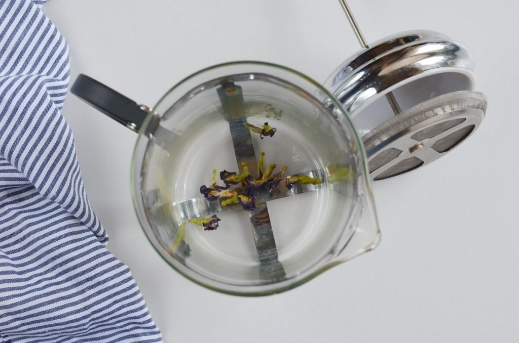 Butterfly Pea Flower Tea Latte recipe - step 1