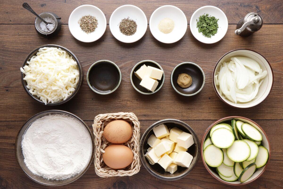 Ingridiens for Cheesy Zucchini Quiche