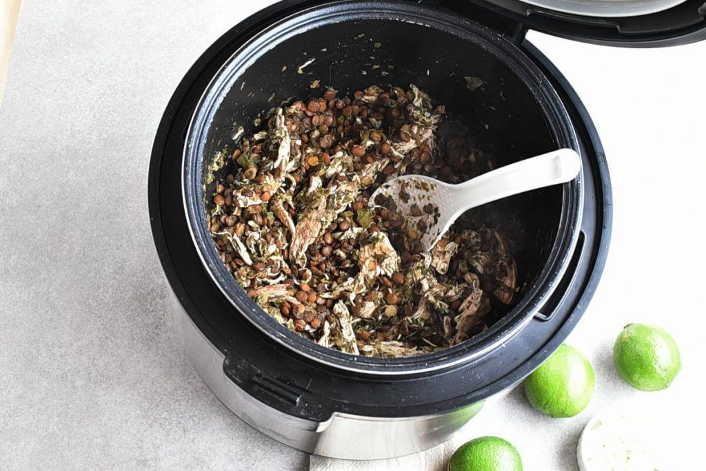Cilantro Lime Chicken and Lentil Rice Bowls recipe - step 5