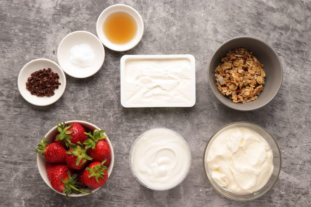 Ingridiens for Creamy Strawberry and Yogurt Dessert