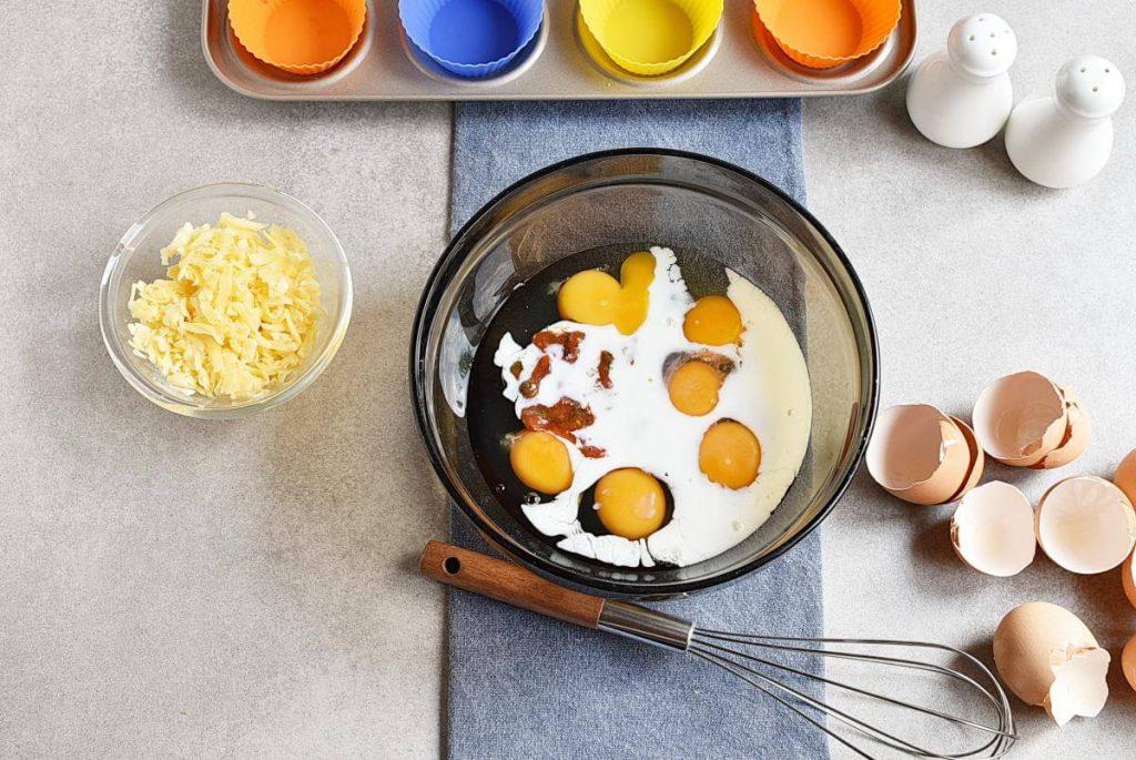 Keto Lunch Box Mini Quiches recipe - step 2
