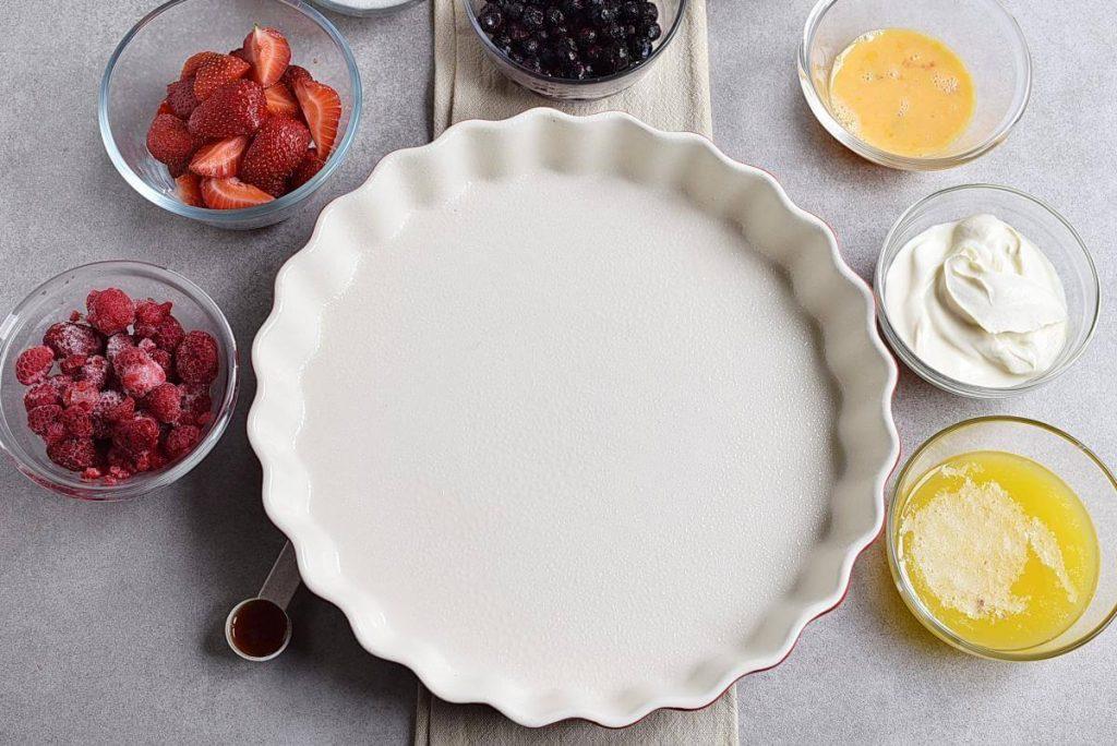 Easy Triple Berry Cake recipe - step 1