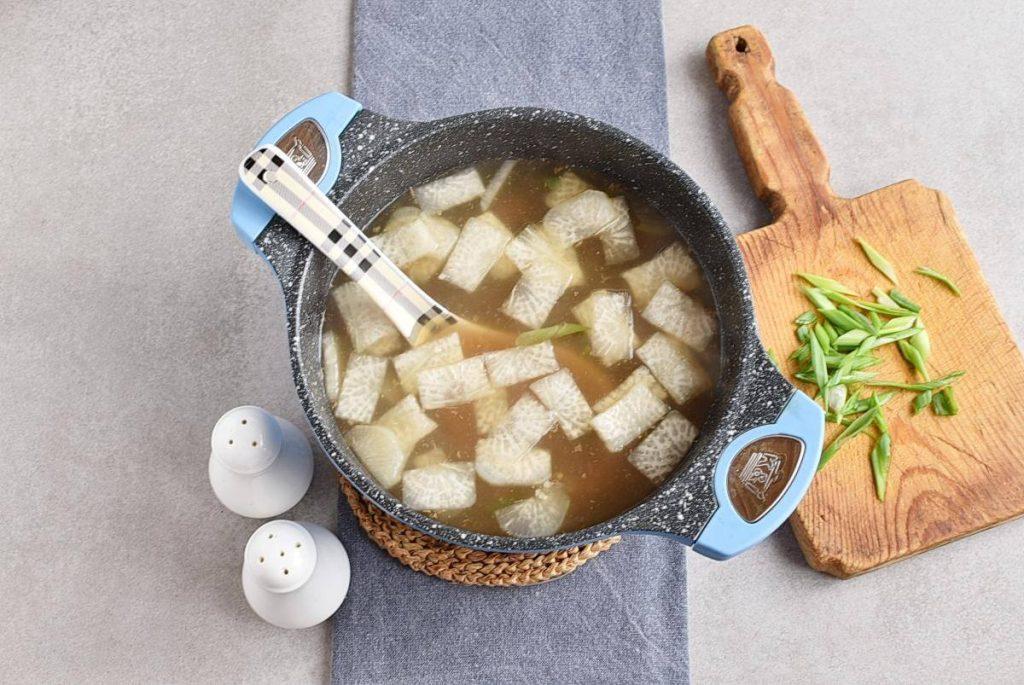 Korean Beef & Radish Soup – Soegogi Muguk recipe - step 7