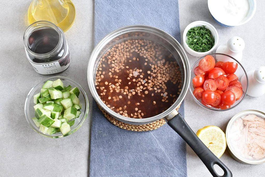 Lentil Greek Salad with Dill Sauce recipe - step 1