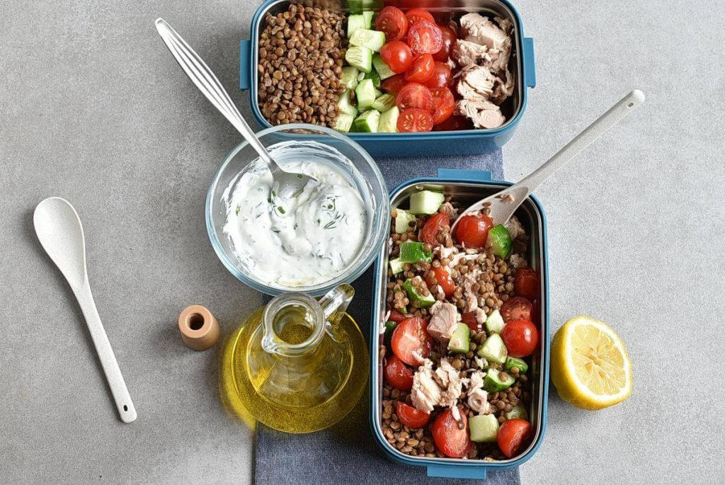 Lentil Greek Salad with Dill Sauce recipe - step 5