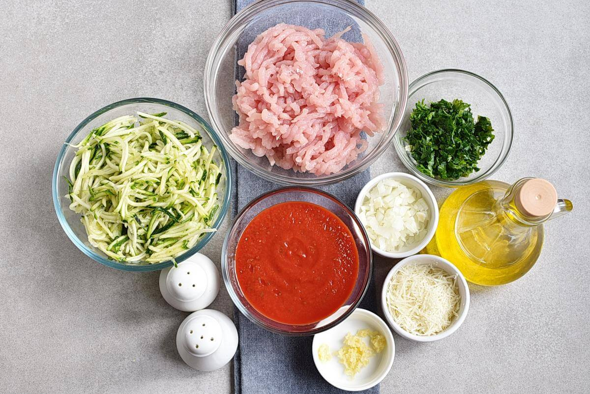 Ingridiens for Meal-Prep Turkey Meatballs with Zoodles